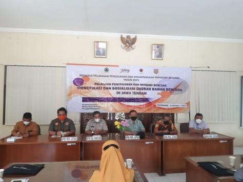Pelatihan Identifikasi dan Sosialisasi Daerah Rawan Bencana di Kecamatan Selomer